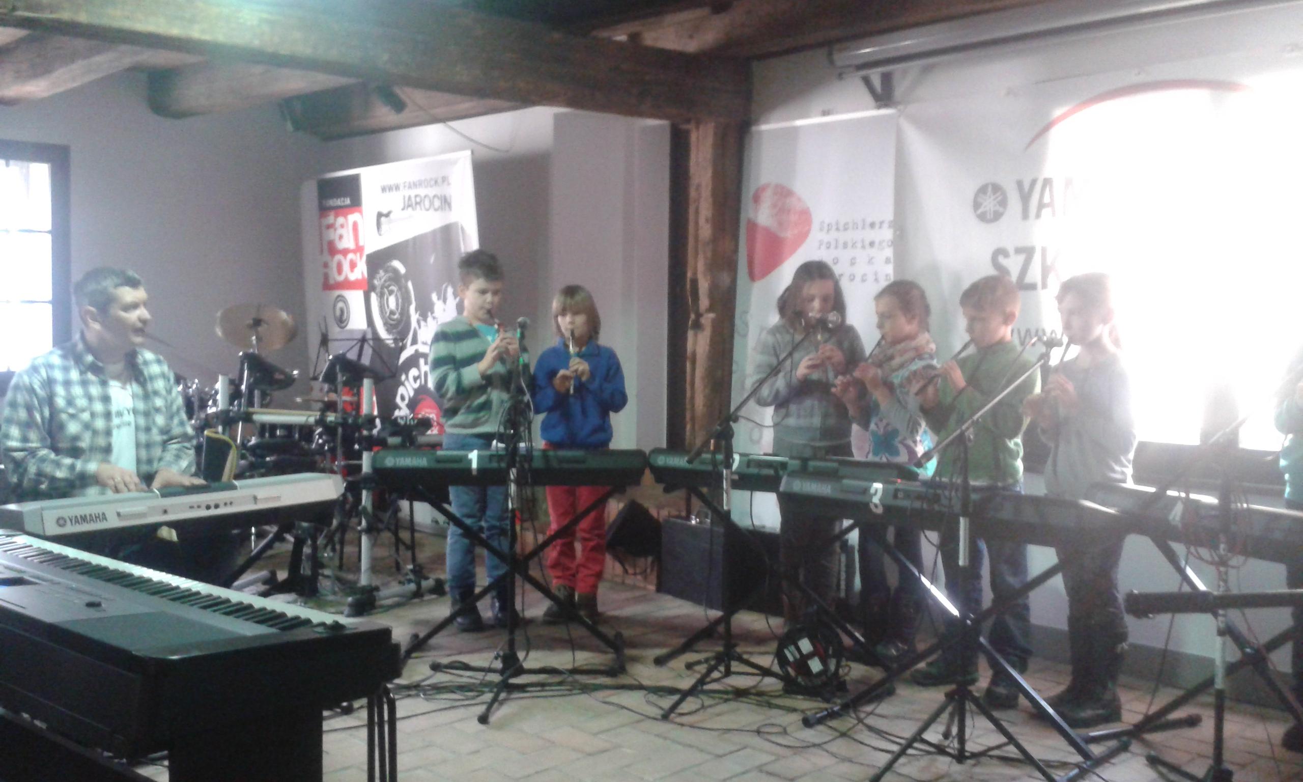Muzyczna szkoła Yamaha kolęduje w Spichlerzu Polskiego Rocka