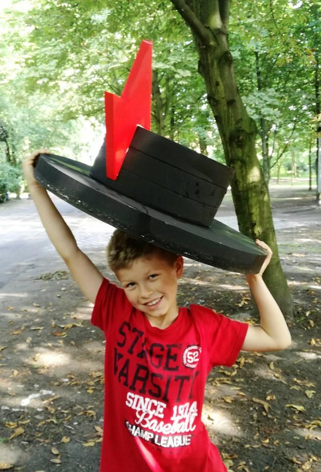 W niedzielę w Trójce retransmisja koncertu Motyw: Niemen oraz licytacja festiwalowych kapeluszy w SPR!