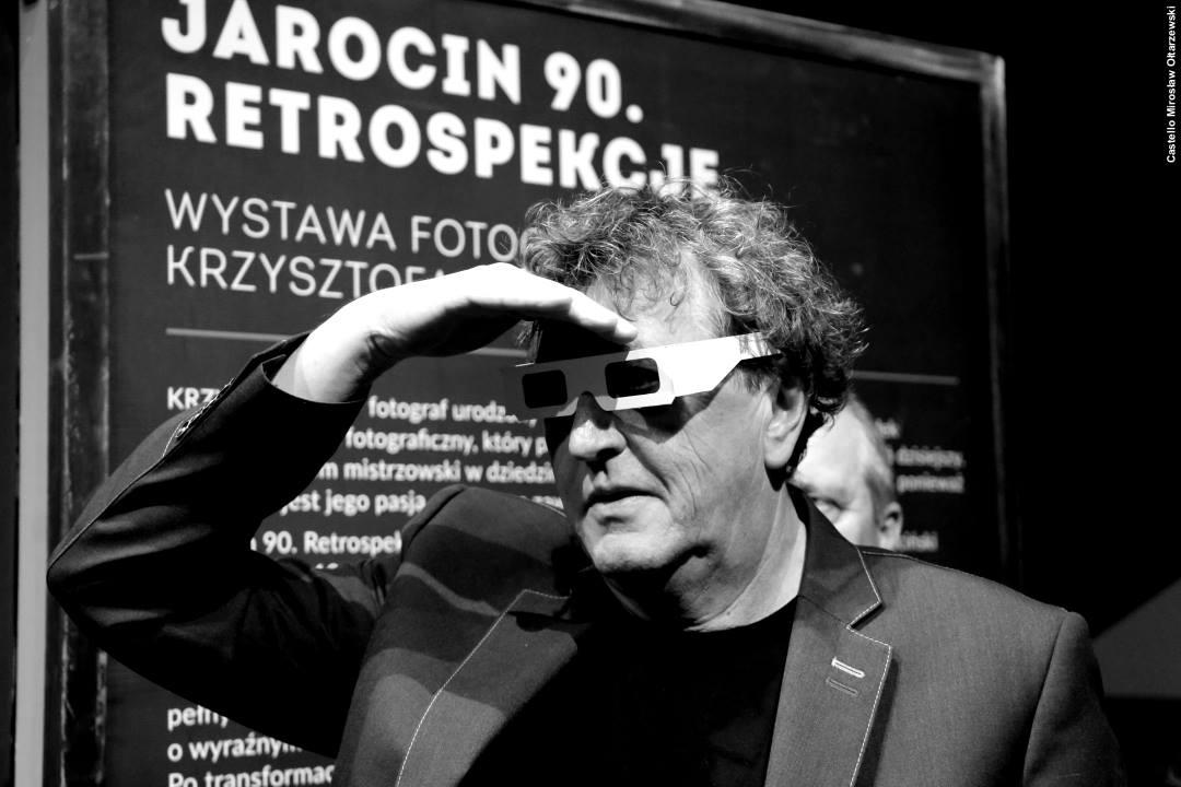 """Wystawa """"Jarocin 90. Retrospekcje"""" – fotorelacja z wernisażu"""