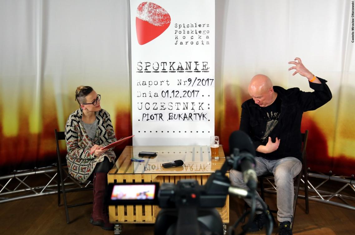 Fotorelacja ze spotkania z Piotrem Bukartykiem