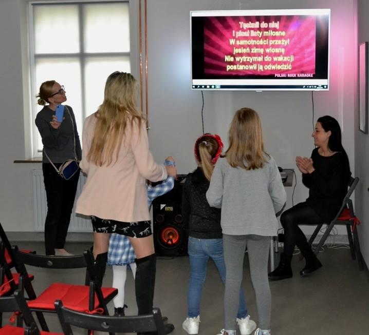 Spotkania Przebojowych Rodzin vol.3 – karaoke i kalambury (fotorelacja) :)
