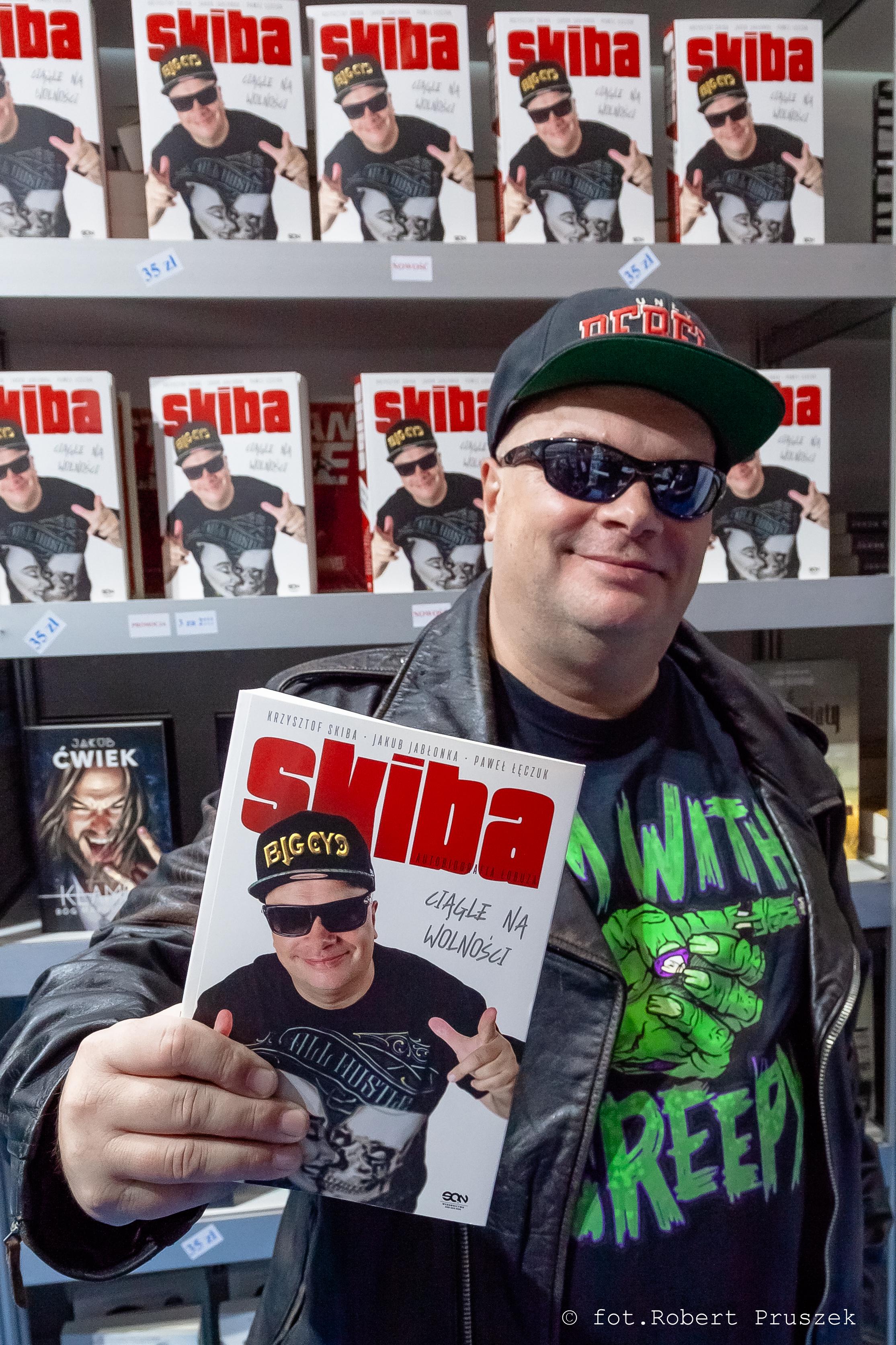 """One Man Show """"Skiba ciągle na wolności"""" – spotkanie autorskie we wrześniu w Spichlerzu. Zapraszamy!"""