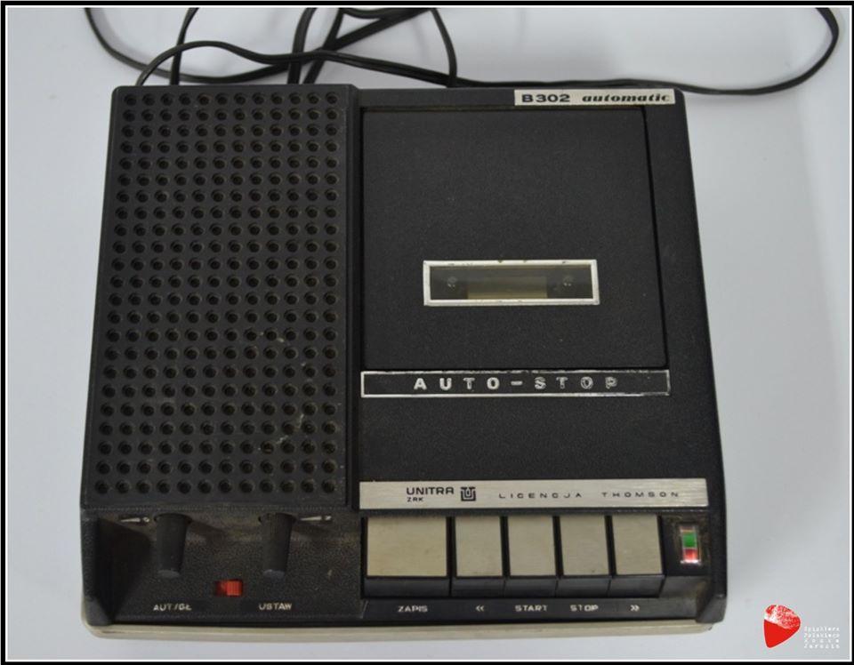 Magnetofon kasetowy ZRK B-302.