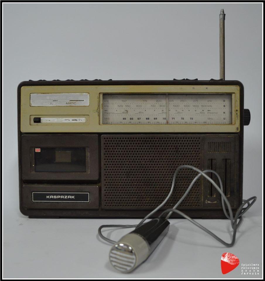 Radiomagnetofon Kasprzak RM 221.